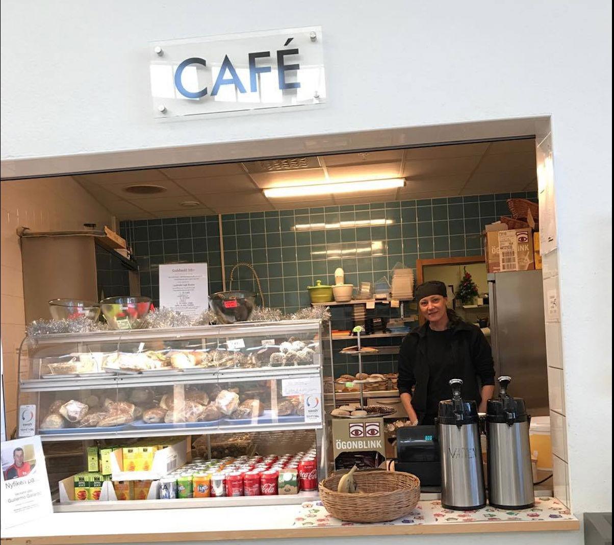 Fem snabba med Zandra på Ållebergsgymnasiets café
